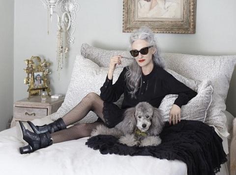 Картинка модная старушка