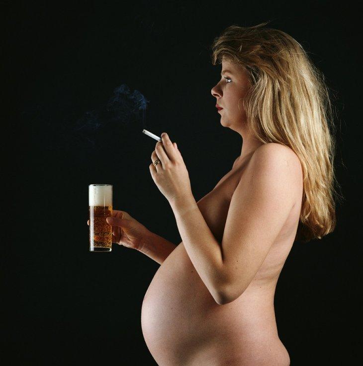 Рисунок на животе беременных цыпленок 8