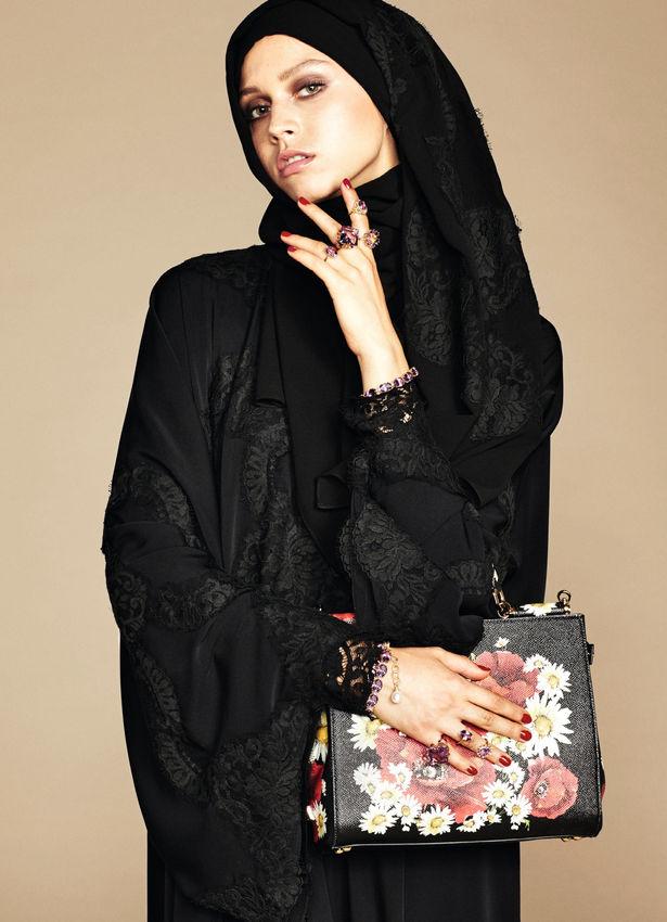 Dolce & Gabbana представили коллекцию для мусульманских женщин Дольче Габбана Обувь 2013