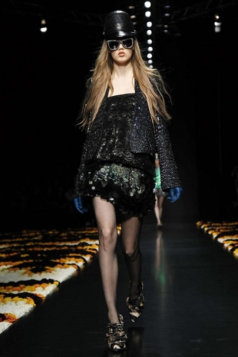 1330946312_minimalist_collection_of_roberto_cavalli_autumn_winter_2012_2013_42.jpg