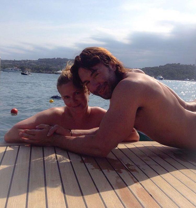 Андрей Малахов и его жена на отдыхе