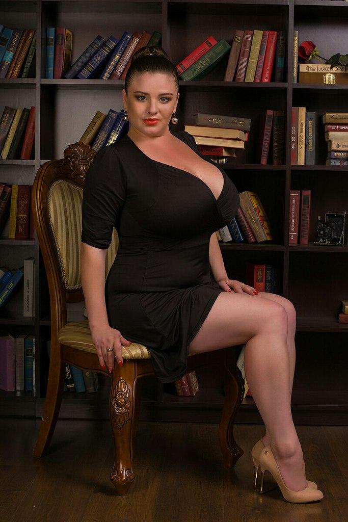 Зрелые женщины с шикарной грудью замечательно