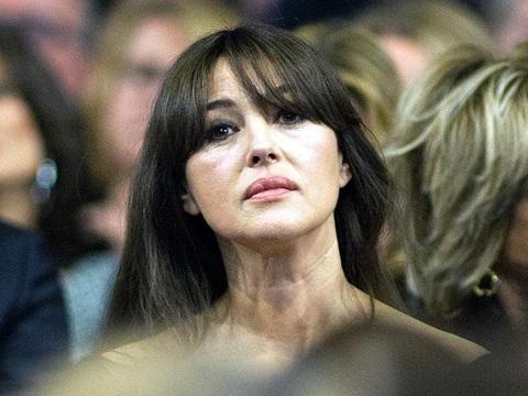 Моника Белуччи предстала в удивительном одеяние накинофестивале вИспании